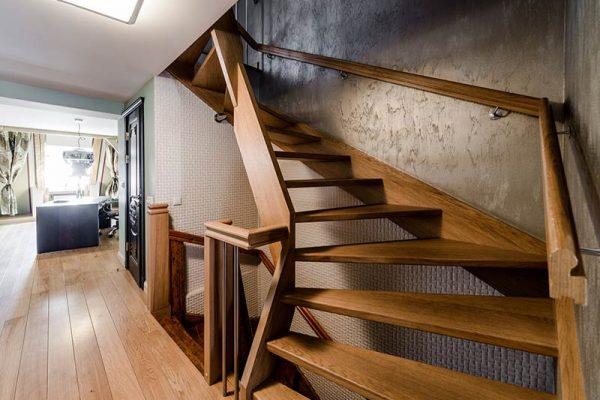 Treppen für Innenbereich nach Material